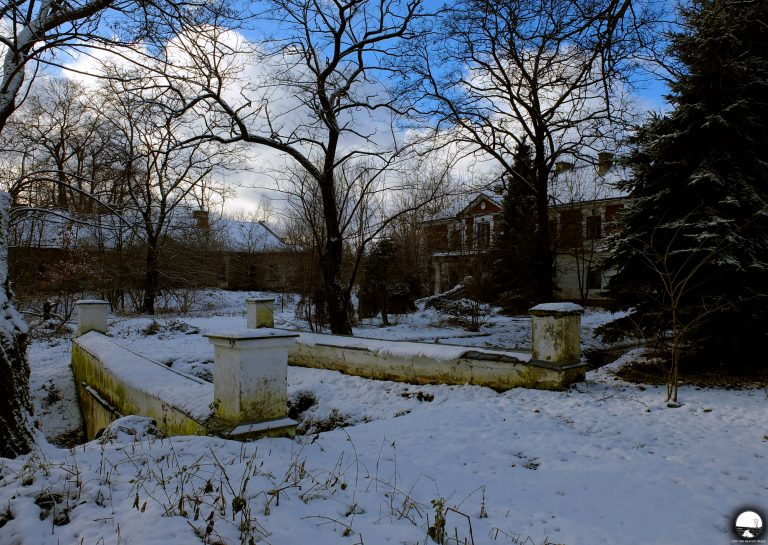 The Abandoned Manor House Lost In The Winter Scenery